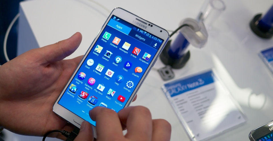 The Pros and Cons of a Phablet: What Should You Go For?