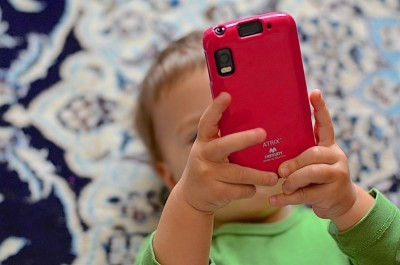 How To Stop A Child Racking Up Huge Mobile Phone Bill