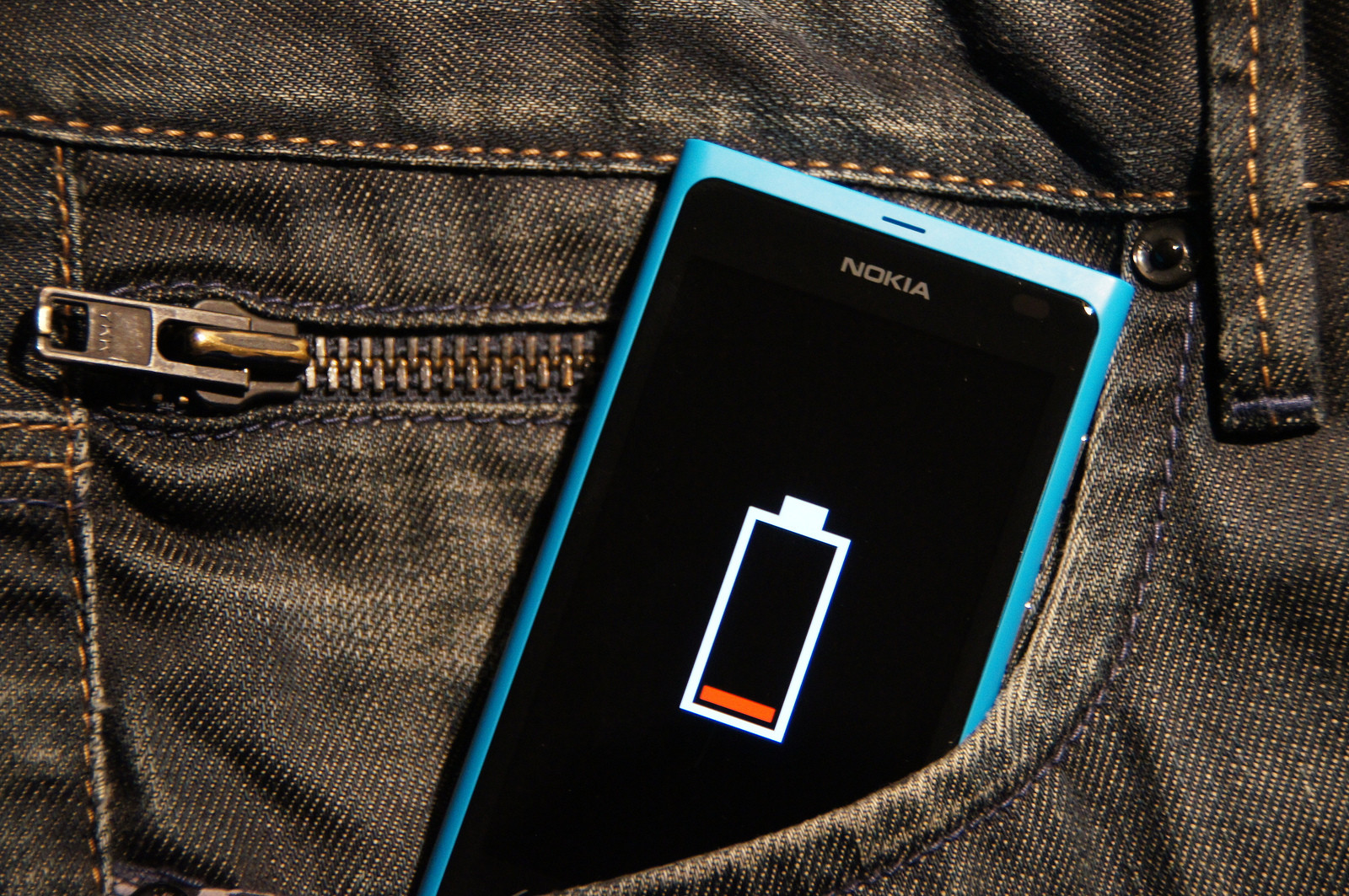 The Only Guide to Android Battery Life You'll Ever Need