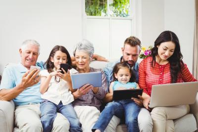 The Best Mobile Phone Family Plans: Discounts and Data Sharing Explained