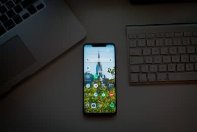 The Best Budget Smartphones for 2019: Which One Should You Buy?
