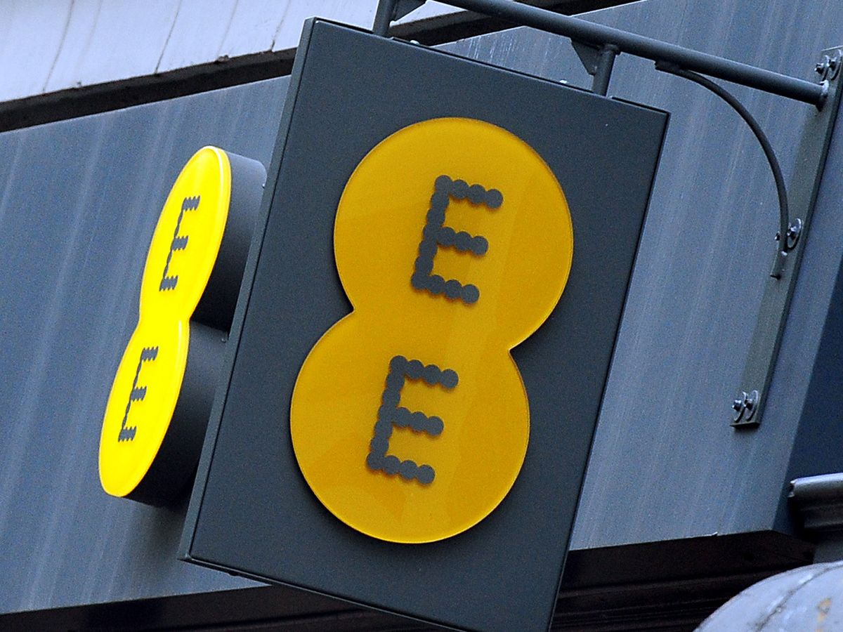 EE Unlimited Data Review: £34 Per Month With No Download Limits